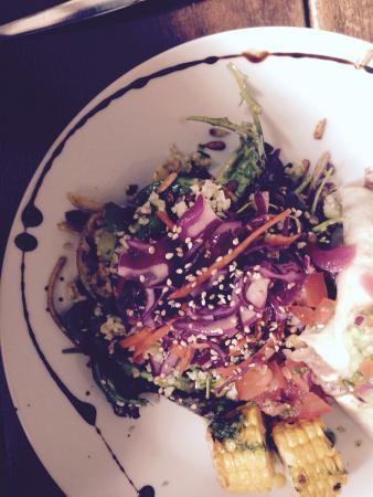F.east: The amazing salad!