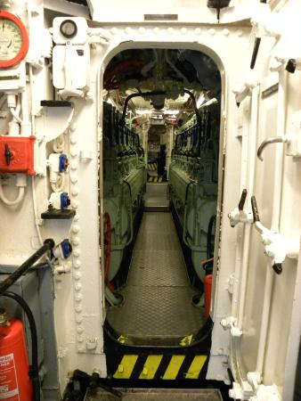 U-Boot U 995: vista interna