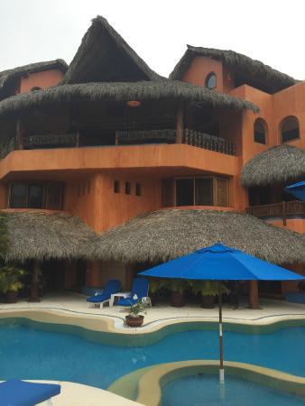 Villa Carolina Hotel: hotel view from pool