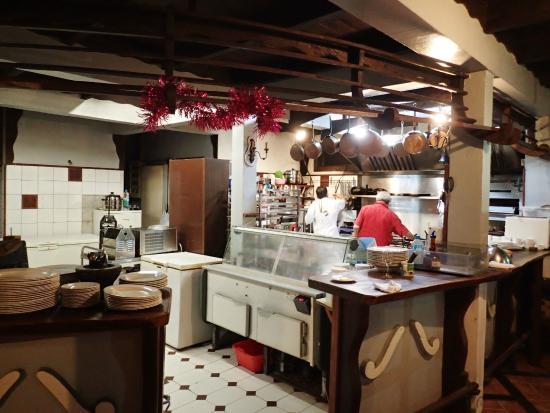 Te Honu Iti: Kitchen