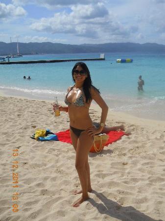 Doctor's Cave Beach: beach mode!!