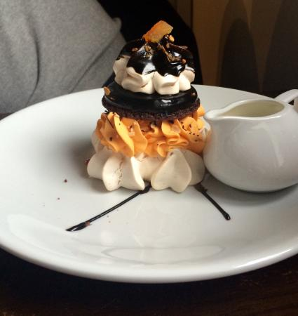 Petit Delight: The Chocolate and Orange Meringue