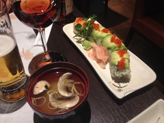 Tokami: Soupe miso, dragon maki et bière japonaise Asahi