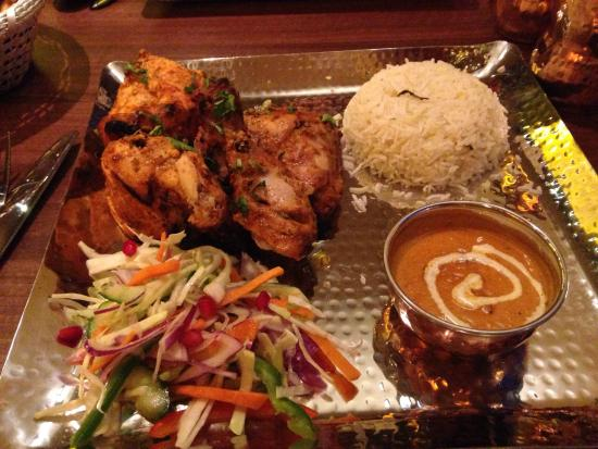 Стокпорт, UK: Tandoori Chicken main.