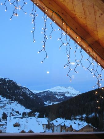 Chalet Barbara : Full moon and fairy lights