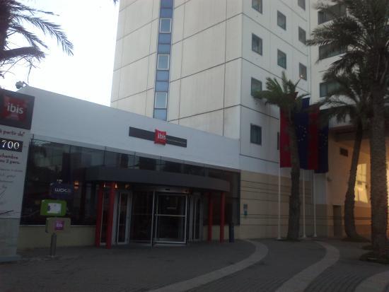 Ibis Casablanca City Center: Hotel entrance