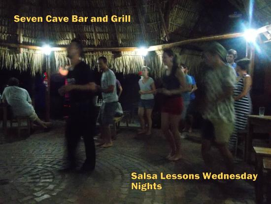 Seven Cave Bar & Grill : Salsa lessons in the Rancho
