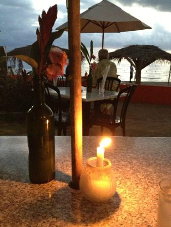 Bar-B-Barn: Dinner by Sunset