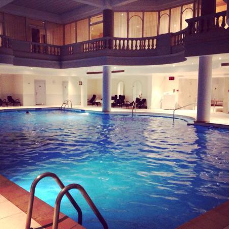 Super Spa Guerlain et sa piscine - Picture of Waldorf Astoria Versailles UJ-35