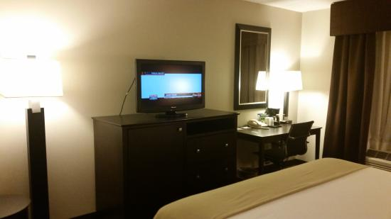 Holiday Inn Express & Suites: wish tv was a little larger