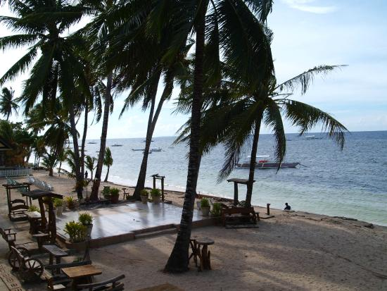Bohol Divers Resort: View from the Breakfast Bar/Restaurant
