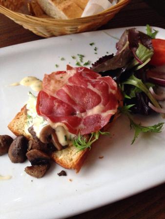 Bistro Jacques : Mushroom starter- gorgeous