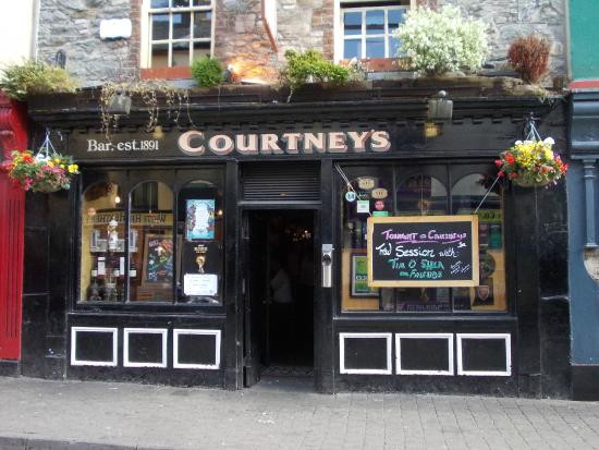 Courtney's Bar : Courtney´s
