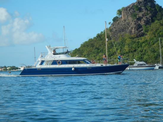 Celine Charters : The CelineToo in beautiful Sint Maarten.