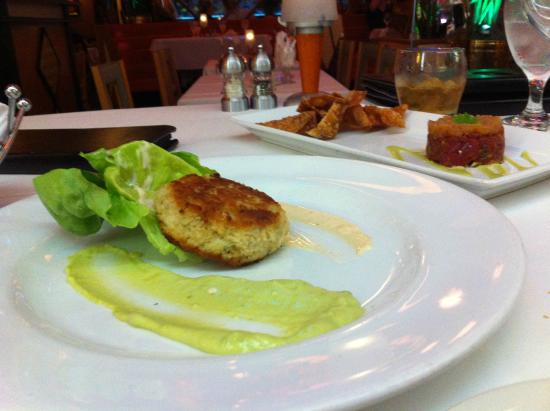 Jeff Ruby's Steakhouse: Crab cake
