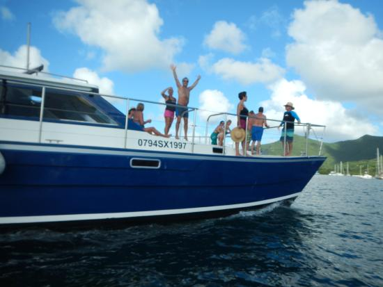 Simpson Bay, St-Martin/St Maarten: It's all about the bow on CelineToo