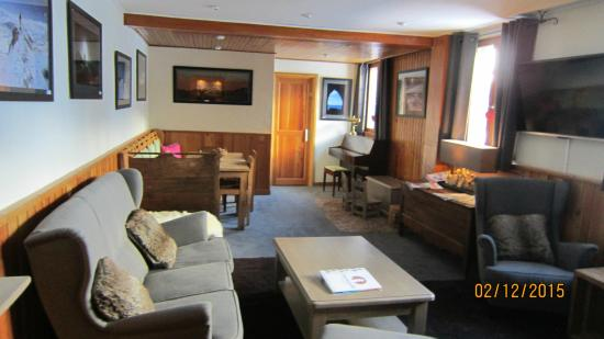 Hotel Avancher: Lounge