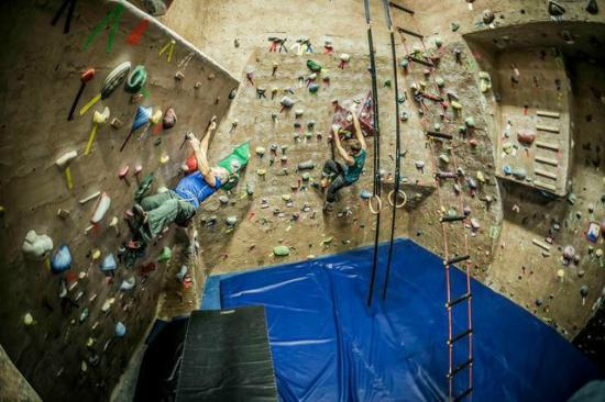 The Core: Bob and Nic bouldering