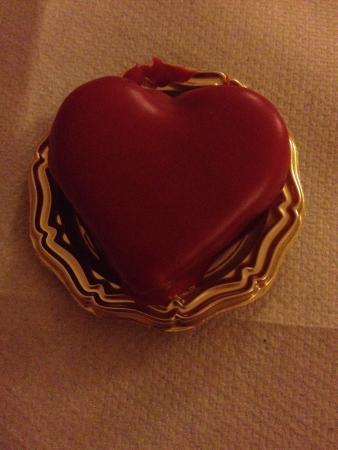 Trattoria La Curt: Squisiti cuoricini al cioccolato per San Valentino ��