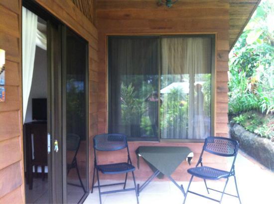 Villas San Rafael Natural Paradise Resort: Entrada principal, villa lago