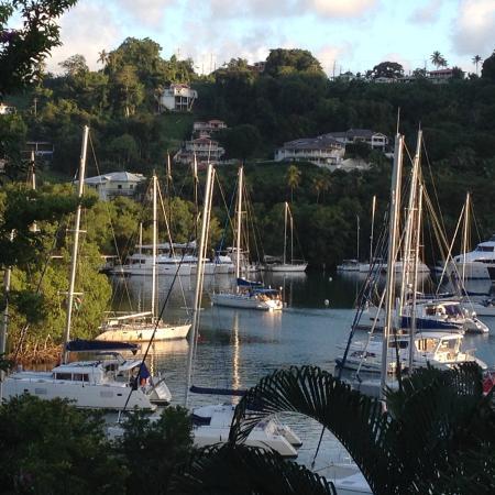 Mango Beach Inn: The View from the Harbor Room