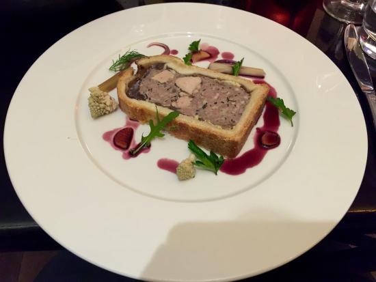 Cafe Epicerie: Meat pie