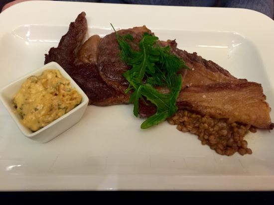 Cafe Epicerie: Dry aged beef