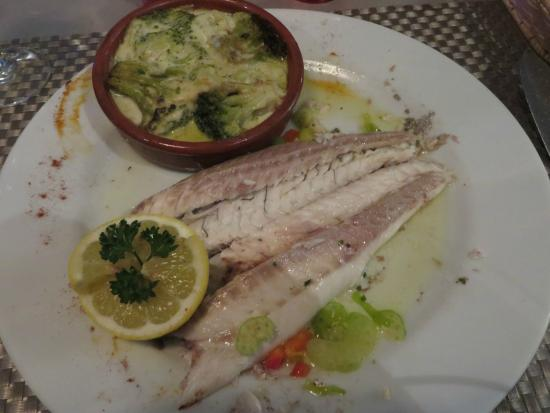 La Pignatelle : Sea bass