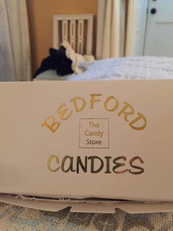 ‪Bedford Candies‬