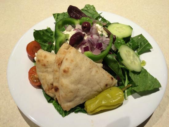 Zoes Kitchen : Salad