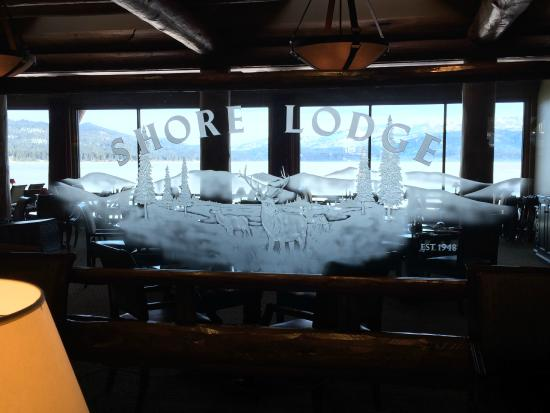 Lake Grill: Shore Lodge