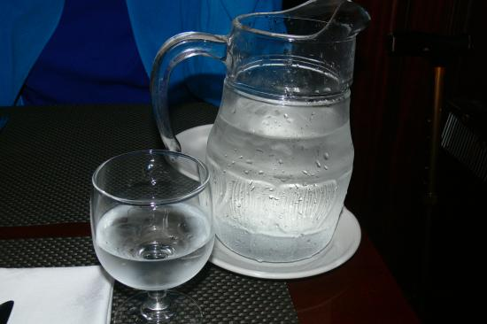 Hannigan's Bar and Restaurant : My Private Water Glass (The Big One)