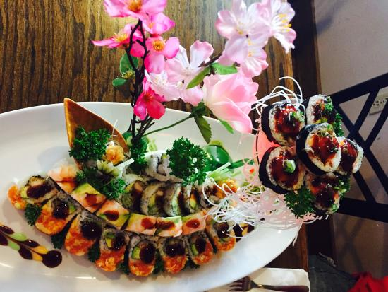 Soba Sushi and Noodles: Sushi