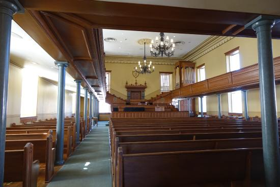 St. George Tabernacle: Interior on tabernacle
