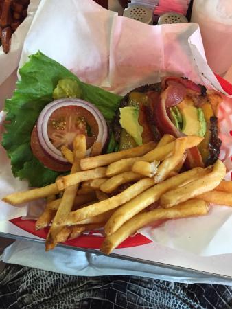 Roadhouse: Bacon cheeseburger with avocado