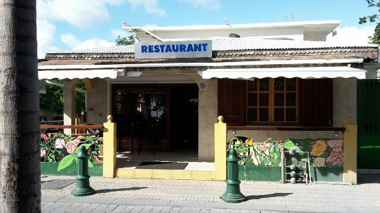 Harmony Restaurant & Lounge