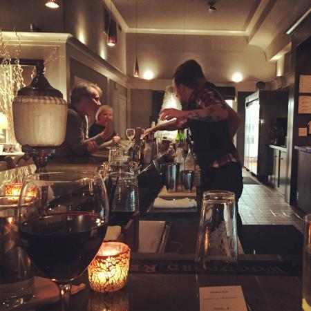 Manna: bar area