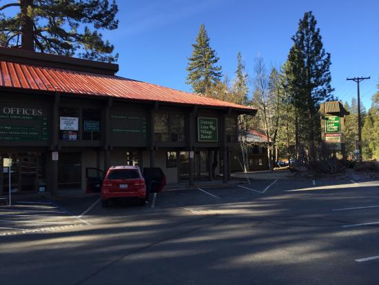 Donner Lake Village: Frontside Main building