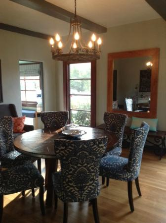 Bridge House Bed and Breakfast: dining in The Puente House