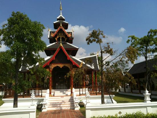 Thai Thani arts and cultural village