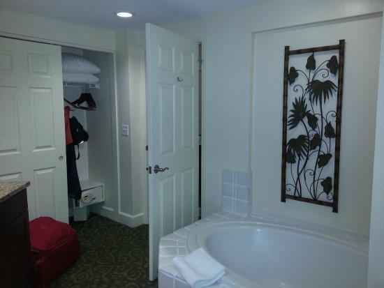 Grande Villas Resort: bathroom