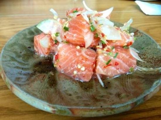 Shori Sushi House: salmon Tataki...220