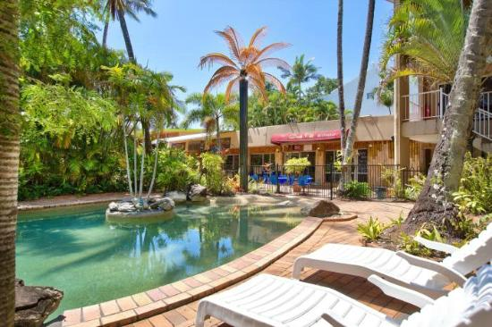 Tropical pool view picture of coral garden restaurant for Pool garden restaurant