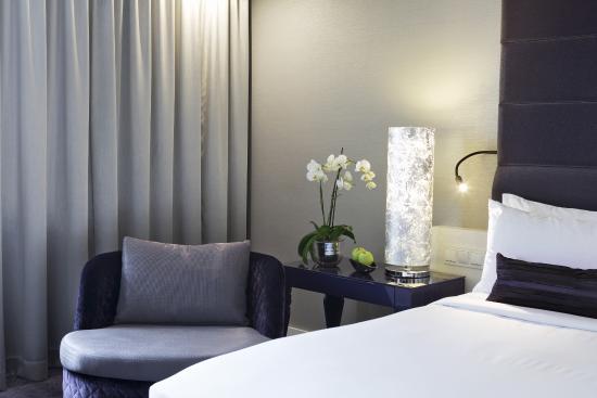 Renaissance Wien Hotel: Guest Room, renovated 2015