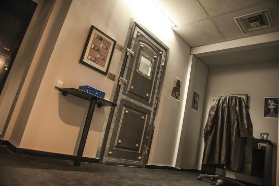 Room Escape Los Angeles By Fox In A Box