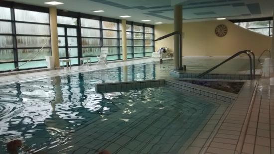 Piscine photo de forges hotel forges les eaux tripadvisor for Piscine forges les eaux