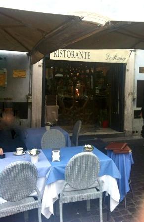 Ristorante Di Rienzo : …Il Gazebo ogni tempo …all'ingresso della Location...