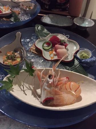Hanabishi Japanese Restaurant: Amazing sashimi including a scampi