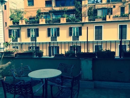 Chambre 425 de 4 personnes avec terrasse picture of - Hotel lyon chambre 4 personnes ...