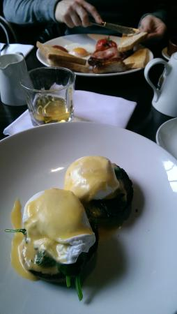 The Crown & Thistle: Breakfast